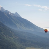 Road-trip-national-parks-USA-Grand-tetons-mountain-hot-air-balloon-Wyoming-summer-2013