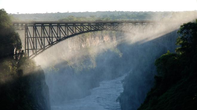 Zambia-victoria-falls-bridge-zambezi-river-livingstone-2010