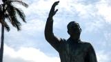 Cuba-Havana-2010-statue
