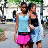 Cuba-Havana-2010-two-girls