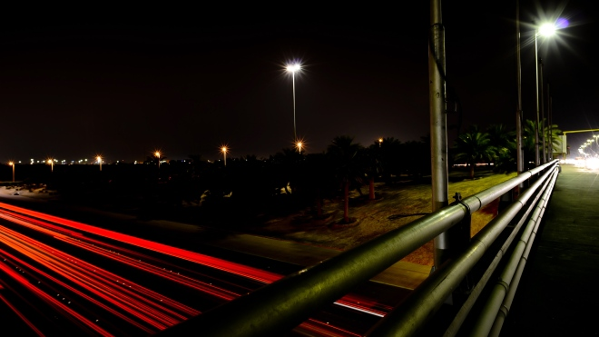night-photography-Kuwait-side-view-Bridge-2013