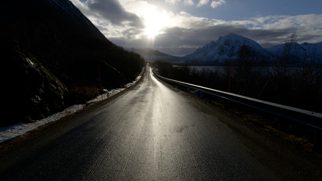 Road-to-nowhere-Norway
