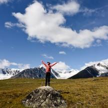 Mongolia-altai-mountains-tavanbogd-camp-hike-ulgi-thegeneralist