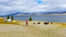 Mongolia-altai-peaks-lake-Khoton-yaks-camp-thegeneralist