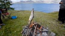 Mongolia-fire-fishing-lake-khoton-altai-tavan-bogd-national-park-thegeneralist