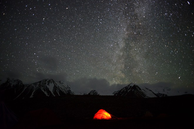 Mongolia-night-sky-tent-milkyway-thegeneralist2