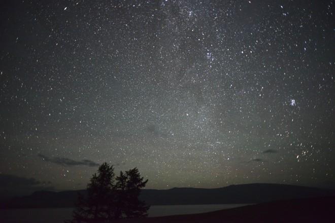 Mongolia-night-sky-tent-milkyway-thegeneralist4