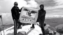 Mongolia-Tavan-bogd-national-park-altai-mountains-Malchin-mountain-peak-altaiexpeditions-summit-thegeneralist