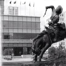 Mongolia-Ulaanbaatar-city-square-thegeneralist